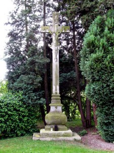 Kreuz-Friedhof-1756 IMG 6404-225x300 in Bewahrung örtlichen Kulturgutes