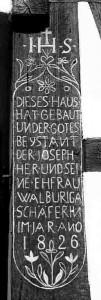 Fachwerk-Balkeninschrift M Hlstr -7-101x300 in Bewahrung und Erhalt örtlicher Bausubstanz