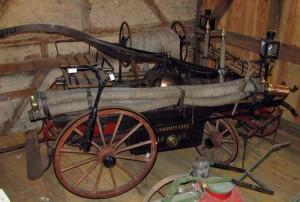 Feuerwehrwagen-von-1889 IMG 6500-300x202 in Heimatmuseum