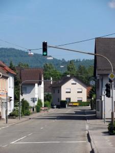 Sandweierer-Stra E-Richtung-Oos-Alte-B3-IMG 6109-225x300 in Sandweier