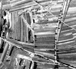 Offene-Batteriestellung-am-Leissee-mit-4-Bunkern-Gr-800-300x273 in Der Westwall in Sandweier