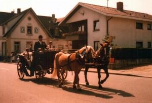 Festumzug-3-Gr-800-300x205 in Alte Fotos von Vereinen