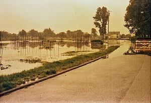 Hochwasser-Krautg Rten-16-05-bis-20-05-1978-Nr-2-Gr-800-300x205 in