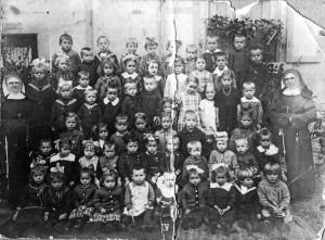 Kindergarten-1-300x221 in Alte Fotos aus der Schule