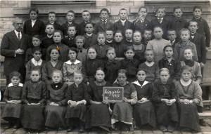 Sandweier-Klasse-VII-1917-800-300x191 in Alte Fotos aus der Schule