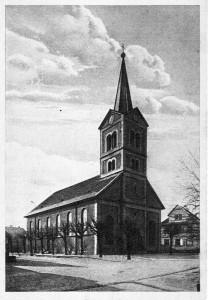 Unsere-Kirche-Gr-800-208x300 in Alte Fotos vom kirchlichen Leben