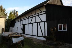 R Ckseite-des- Konomiegeb Udes-Heimatmuseum-Sandweier-2013-300x199 in Jahresrückblick Heimatverein Sandweier 2013