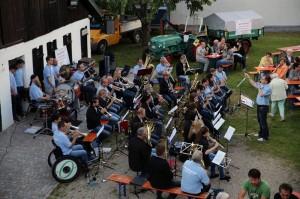 Erste- Ffentliche-Musikprobe-2014-IMG 3199-300x199 in Öffentliche Musikprobe auf dem Gelände des Heimatmuseums