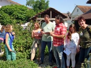 Kommission-der-Schulgarteninitiative-5-800-300x225 in Kräutergarten 2016
