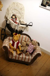 Puppen-und-B Ren-12-IMG 8900-200x300 in Ausstellungen der Strickliesel-Gruppe