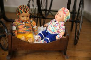 Puppen-in-Wiege-Ausstellung-2016-300x200 in
